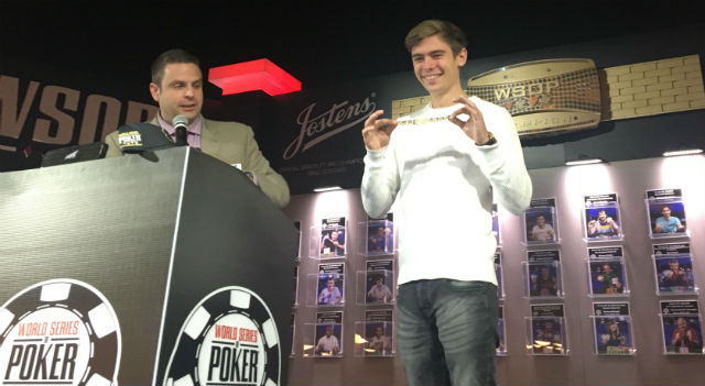 NUMBER CRUNCH: Looking Back at Poker in 2016