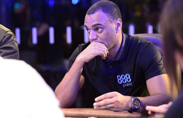 Brazilian Footballer Denilson Makes Natural Transition to Poker